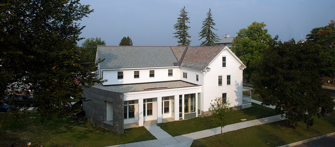 middlebury-franklin-exterior_featured